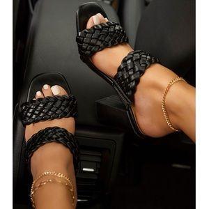 Black Woven Chunky Heel